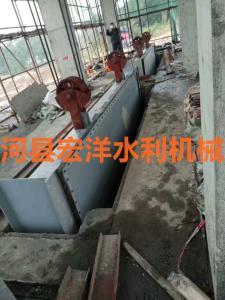 河南鋼制閘門安裝現場