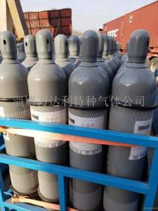 99.9氯化氫25公斤鋼瓶